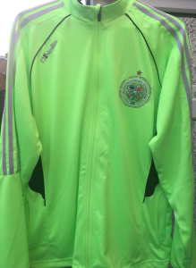 Full Zip Top - €40